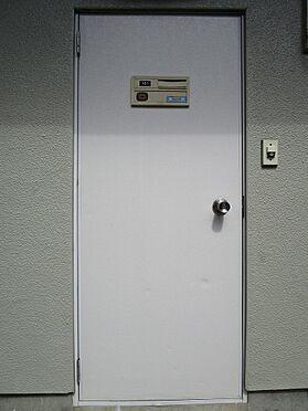 アパート-町田市鶴川5丁目 シンプルな玄関扉