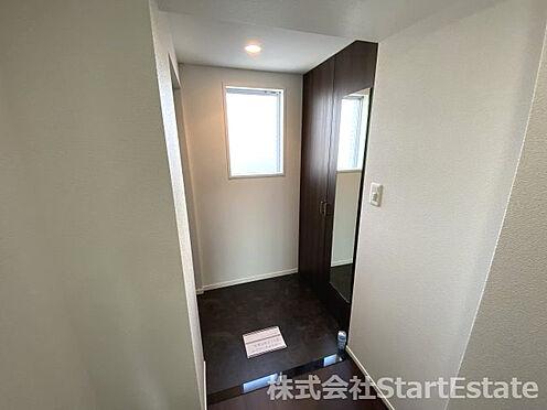 中古マンション-大阪市西区南堀江3丁目 明るい玄関です