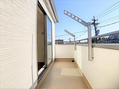 新築一戸建て-名古屋市天白区天白町大字八事字裏山 お洗濯物もよく乾きそうなバルコニー!