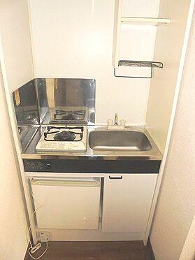 アパート-彦根市新町 冷蔵庫付きのキッチンです♪