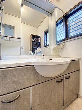 中古一戸建て-福岡市城南区茶山1丁目 幅の広い洗面台です☆