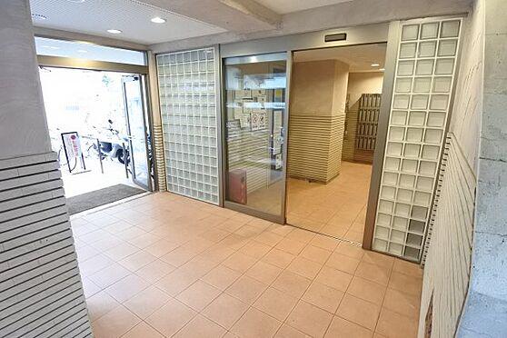 マンション(建物一部)-神戸市中央区相生町5丁目 日当たり良好なエントランス。