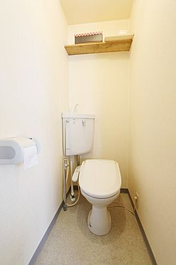 店舗付住宅(建物全部)-江戸川区篠崎町1丁目 江戸川区篠崎町1丁目 店舗付き戸建のトイレです