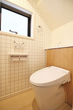 新築一戸建て-中野区沼袋1丁目 トイレ