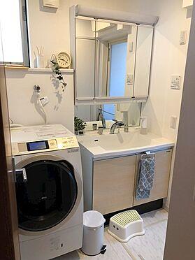戸建賃貸-八王子市鑓水2丁目 玄関隣が洗面スペースなので外出から手洗い、浴室に直行出来ます!