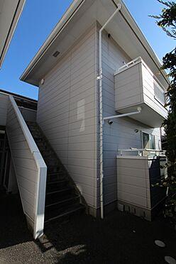 マンション(建物全部)-箕面市粟生間谷西3丁目 マンション中階段です。