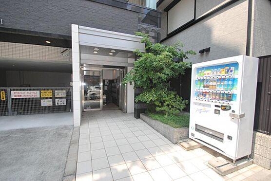 マンション(建物一部)-神戸市兵庫区大開通2丁目 緑があり落ち着きのあるエントランス