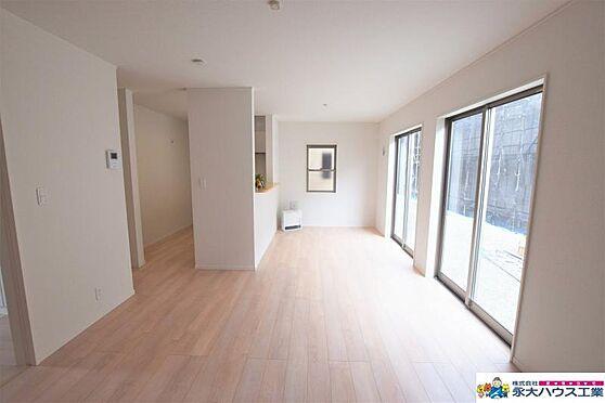 新築一戸建て-石巻市三ツ股3丁目 居間