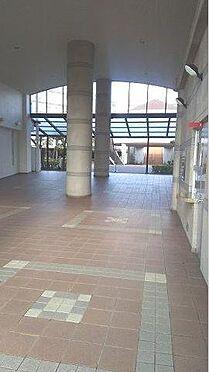 マンション(建物一部)-神戸市西区月が丘4丁目 開放感のあるエントランス。