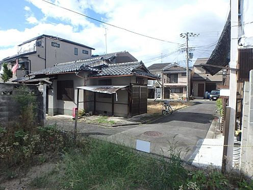 土地-京都市伏見区深草西出町 本物件北側前面道路を含む、周辺写真です