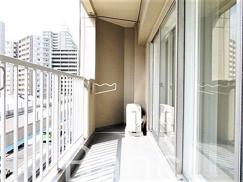 中古マンション-葛飾区東新小岩3丁目 眺望良好な明るいバルコニーです。