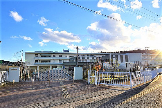 新築一戸建て-仙台市青葉区上愛子字雷神 仙台市立愛子小学校 約1800m