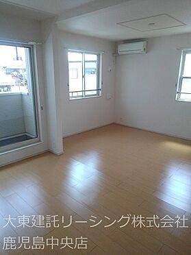 アパート-宮崎市清武町岡2丁目 II2階リビング