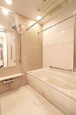 中古マンション-中央区築地7丁目 1418サイズの浴室