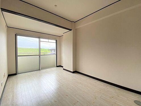 マンション(建物全部)-岐阜市岩倉町4丁目 居間