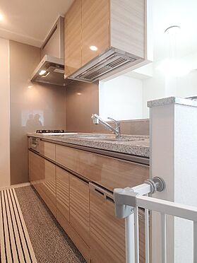 区分マンション-新宿区西新宿8丁目 システムキッチン 家具、備品は販売価格に含まれません。