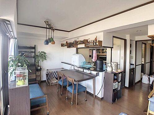 中古マンション-豊田市寿町7丁目 カウンターキッチンです。リビング全体を見渡せ、和気あいあいとお料理をしていただけます♪