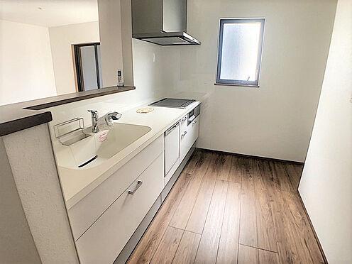 戸建賃貸-小牧市堀の内4丁目 人気のIHコンロ・食洗機付きのキッチン