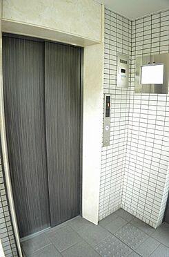 マンション(建物一部)-京都市右京区梅津南広町 エレベーターは防犯モニター付き
