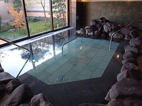 中古マンション-伊東市八幡野 岩風呂風温泉大浴場です。