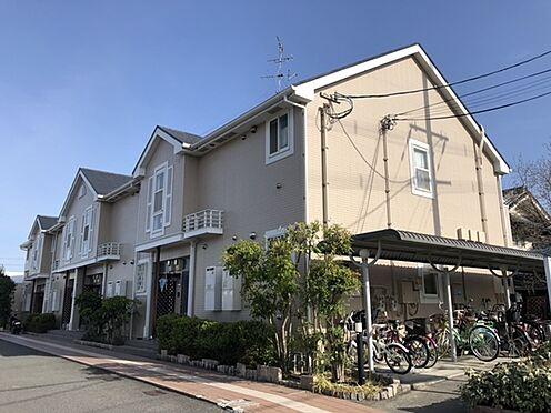 アパート-羽曳野市西浦3丁目 平成13年9月築。