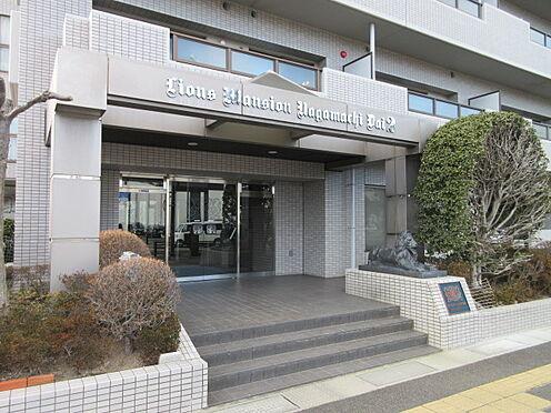 区分マンション-仙台市太白区長町6丁目 ホワイトタイルを採用したスタイリッシュな外観