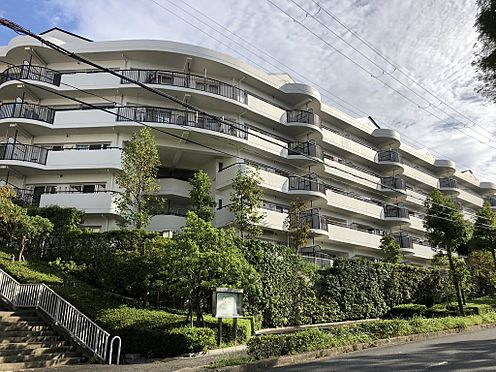 マンション(建物一部)-神戸市西区月が丘4丁目 存在感のある外観