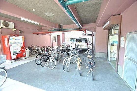 マンション(建物一部)-大阪市東淀川区東中島1丁目 雨風を防ぐ屋内駐輪場