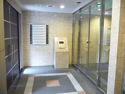 マンション(建物一部)-大阪市浪速区桜川2丁目 清潔感のあるエントランス