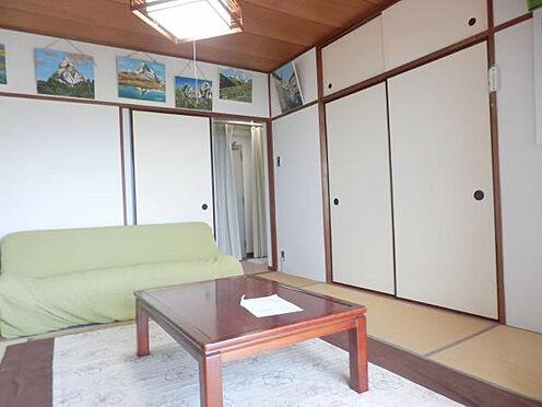 中古マンション-伊東市岡 和室8帖 きれいに利用されている為、手直しは必要ないと思います。