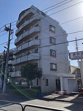 中古マンション-足立区東和2丁目 ホワイトタイル貼りの外観