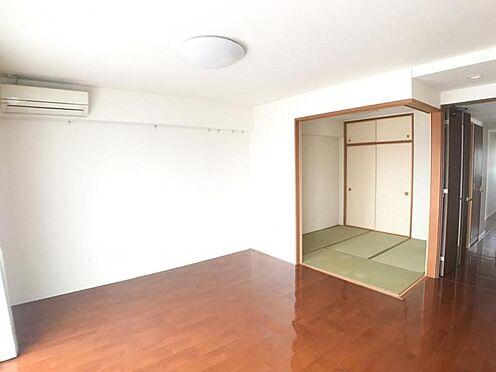 中古マンション-名古屋市中区大井町 あると嬉しい和室♪LDKと隣接しているのであけておくと開放感UP♪