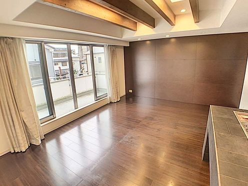 中古一戸建て-名古屋市北区八代町1丁目 天井高く開放感のあるリビング木のぬくもりを感じるお洒落なデザイン