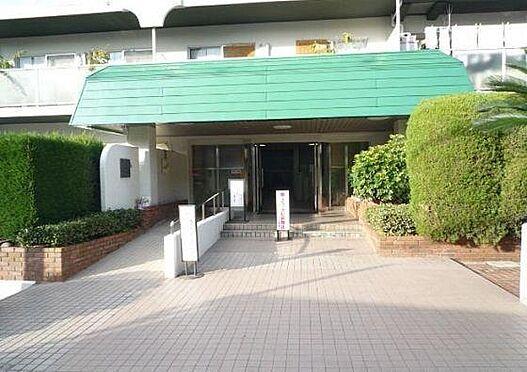 マンション(建物一部)-大阪市住吉区帝塚山西1丁目 植栽が植わったアプローチ
