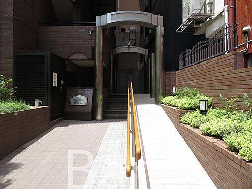 中古マンション-港区西麻布4丁目 綺麗に管理されたエントランス