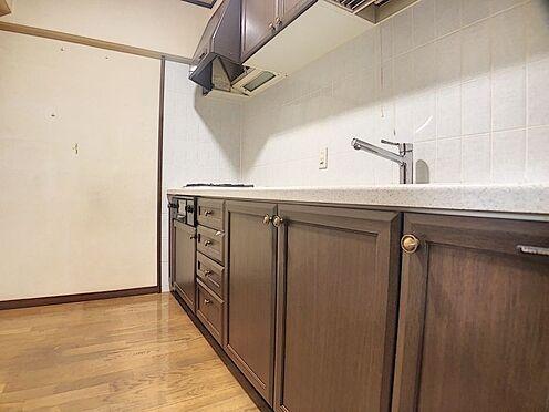区分マンション-福岡市城南区別府6丁目 ゆとりあるキッチンスペースです。