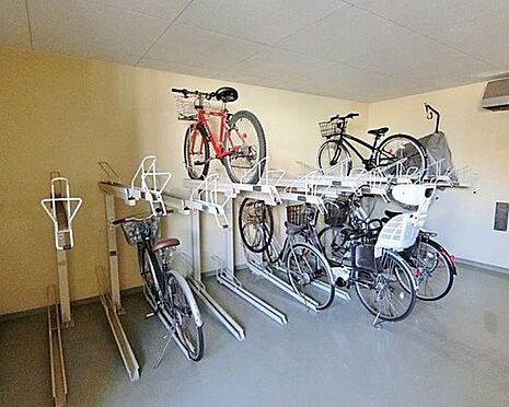 マンション(建物一部)-神戸市兵庫区鵯越町 雨の日も安心の屋内駐輪場