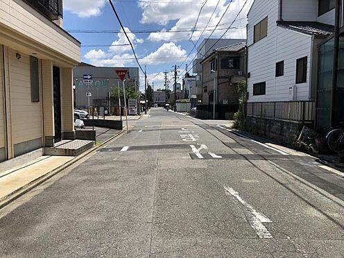 戸建賃貸-名古屋市中村区下中村町3丁目 前面道路は約7.2m!車のすれ違いも問題ありません。