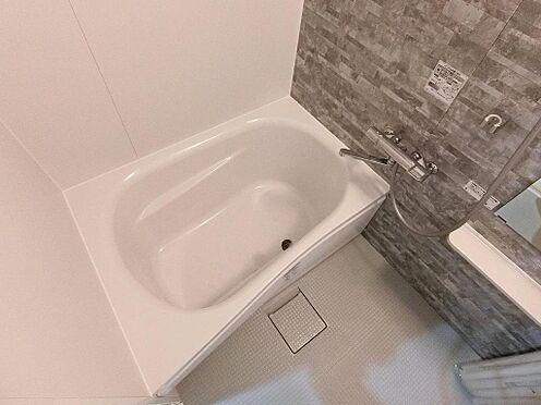 アパート-呉市阿賀中央2丁目 102号室:ゆっくりと入浴できるバスルーム!