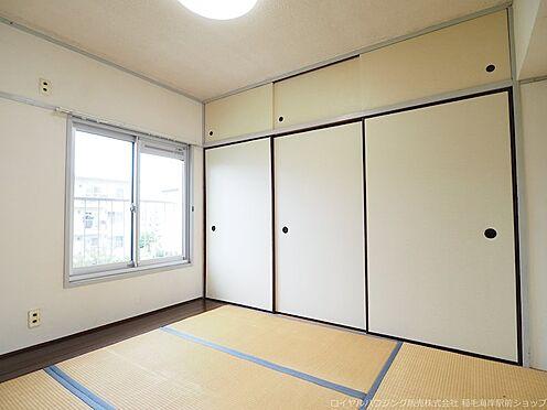 区分マンション-千葉市美浜区稲毛海岸3丁目 約4.5帖の北側和室です。