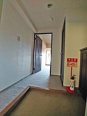 中古マンション-伊東市岡 玄関スペースです。