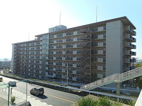 マンション(建物一部)-神戸市兵庫区滝山町 コンビニやスーパー、駅から徒歩圏内で快適。