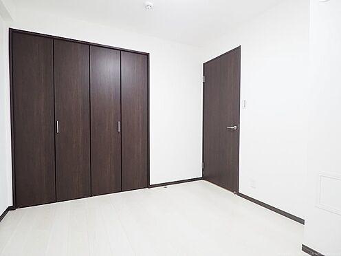 区分マンション-千葉市美浜区稲毛海岸4丁目 寝室に最適な北側の洋室です!