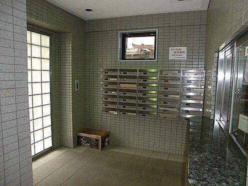 マンション(建物一部)-神戸市兵庫区湊町1丁目 キレイに清掃されたエントランス。