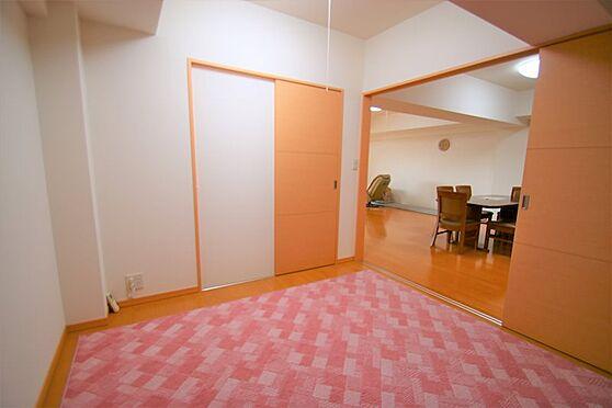 中古マンション-足柄下郡湯河原町宮上 納戸(2):こちらの居室にもウォークインクローゼットがございます。
