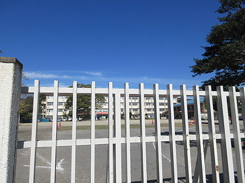 マンション(建物一部)-鹿児島市春日町 大龍小学校 徒歩 約2分(約140m)
