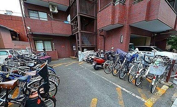 区分マンション-京都市中京区松屋町 防犯カメラ付き駐輪場