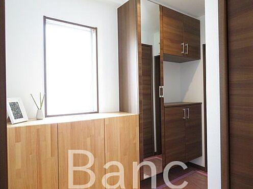 中古マンション-江東区富岡2丁目 たっぷり収納できるシューズボックス