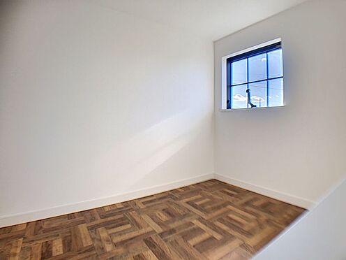新築一戸建て-名古屋市守山区小幡北 小屋裏収納もあり、衣服等の収納も安心です!
