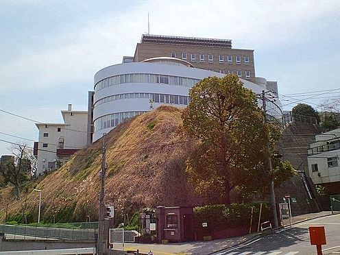 中古マンション-横浜市中区弥生町5丁目 私立関東学院高校 徒歩11分。 860m